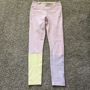 Outdoor voices NWT dipped leggings - small